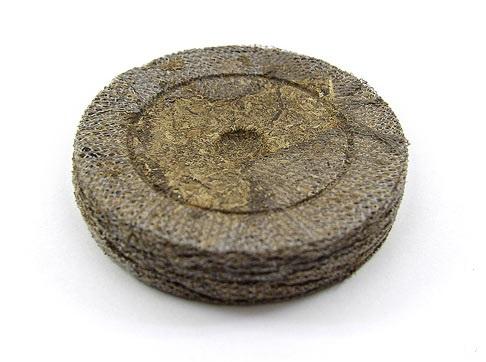 Торфяная таблетка Jiffy, диаметр 24 мм.
